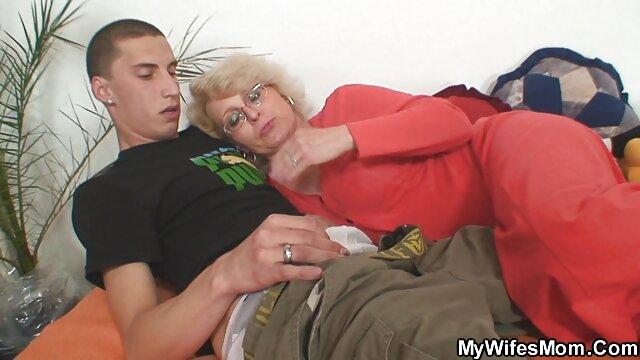 Blady sex filmiki w hd na podłodze